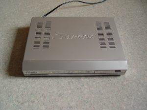 Le décodeur STRONG SRT 6420